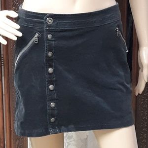 Kuhl Corduroy Mini Skirt With A Snap Zipper Detail